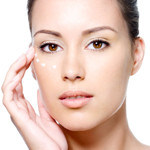 Are Eye Cremes Just A Scam? By Beauty Salon Hobart - Call Us On (03) 6223 3433